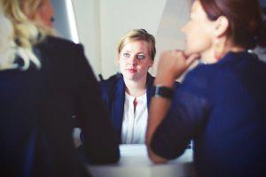 Управление и разрешаване на конфликти на работното място.